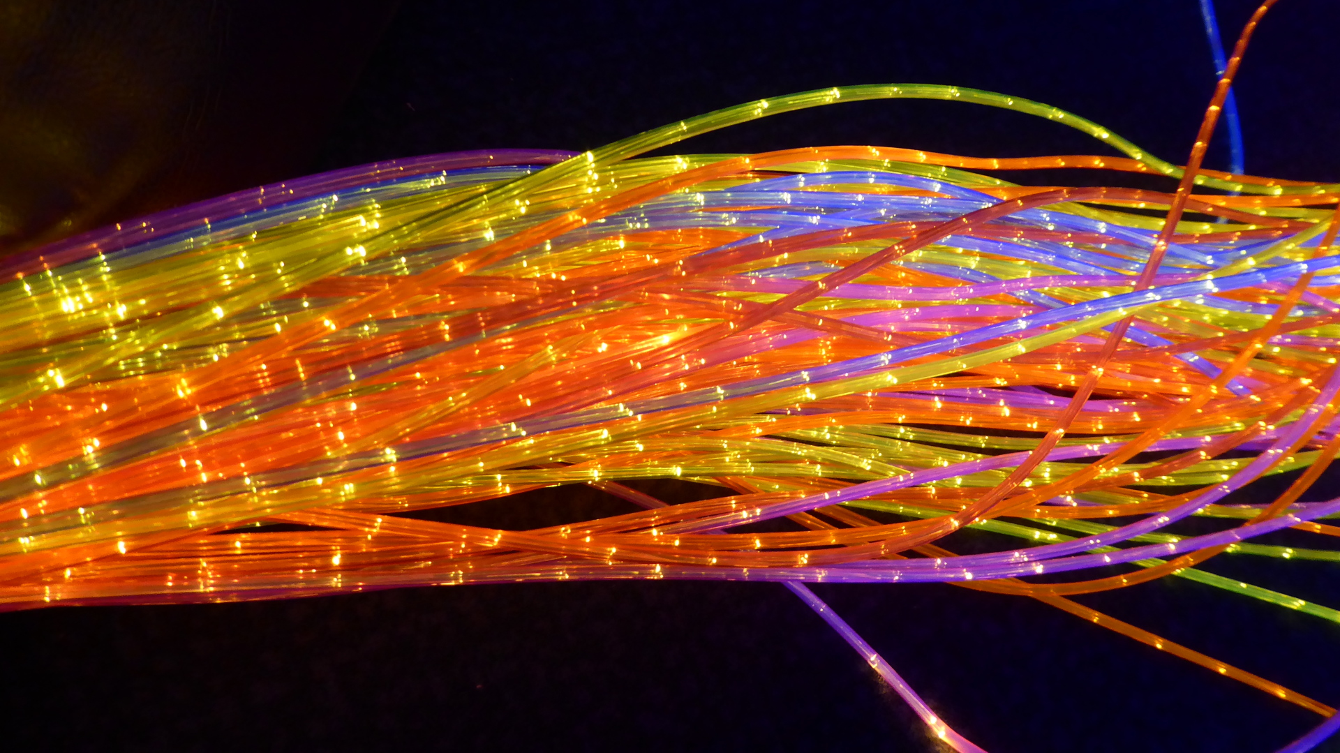 Multi Coloured Fibre Optic Spray